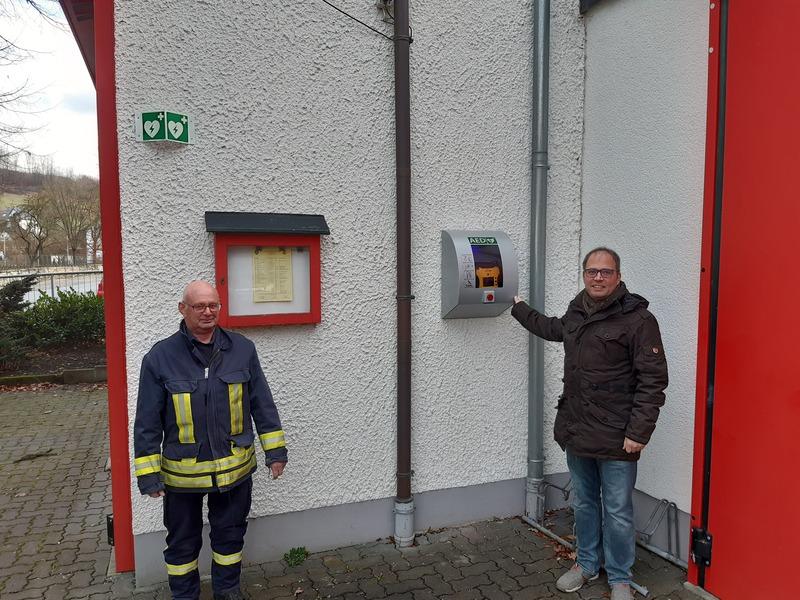 Defibrillator in Nuttlar an neuem Standort